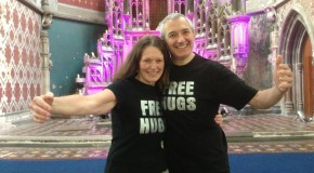Free Hugs from Global Hugs Ambassadors at Manchester Om Yoga Show